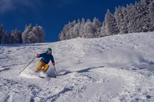 why full-face helmets are bad for skiing