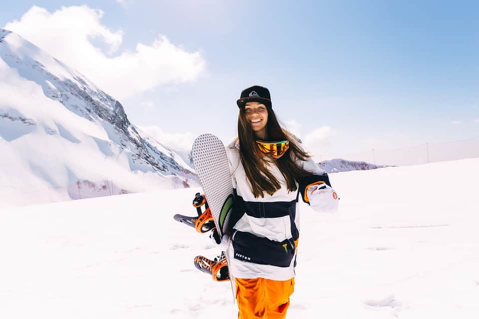 how much does a snowboard cost